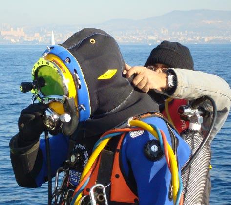 metier-travaux-sous-marin-473X421-56-Scaphandrier